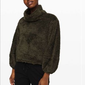 NWT lululemon warm restore Sherpa pullover l/xl
